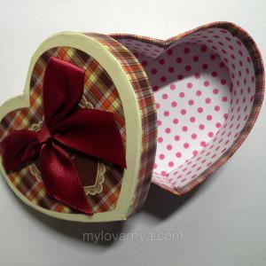 Подарочная коробка Сердце / клетка